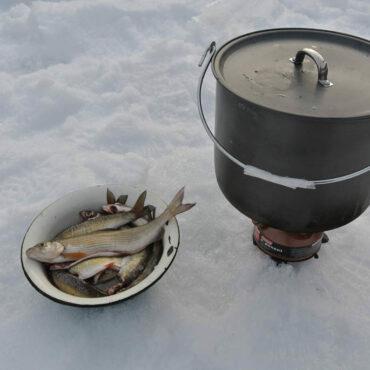 Зимняя рыбалка — Верховья р. Колва